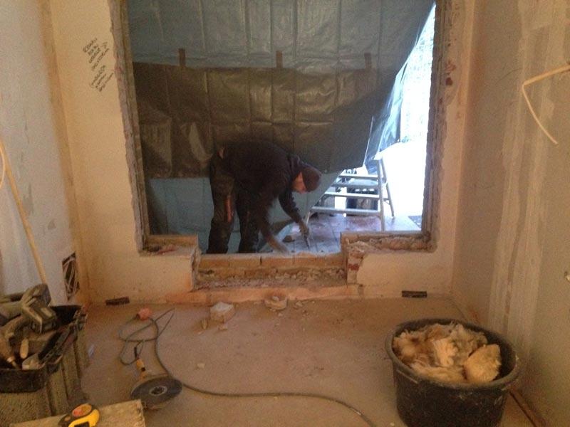 Tulevan keittiön ikkuna saa uutta muotoa.