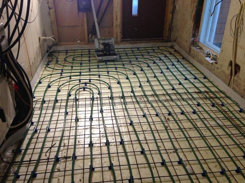 Harrastehuone juuri ennen betoniverhoilua.