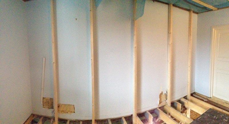 Uutta kantavaa seinää nousee.